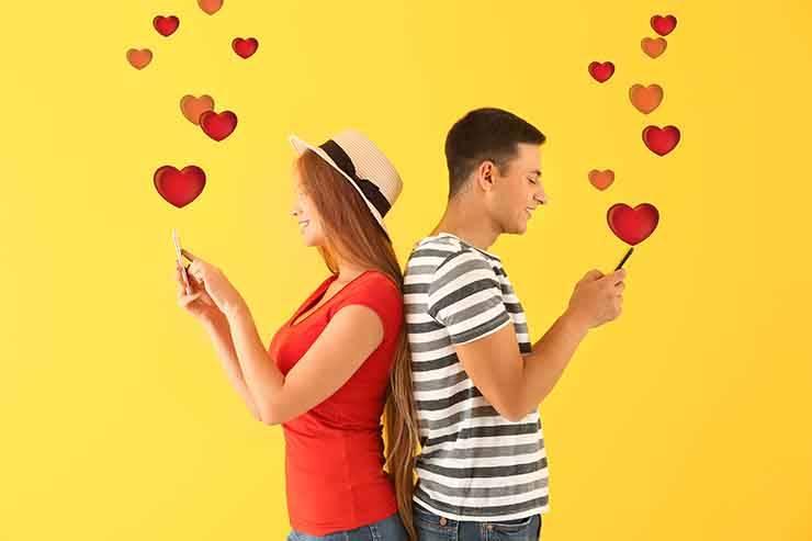 coppia messaggi innamorarsi
