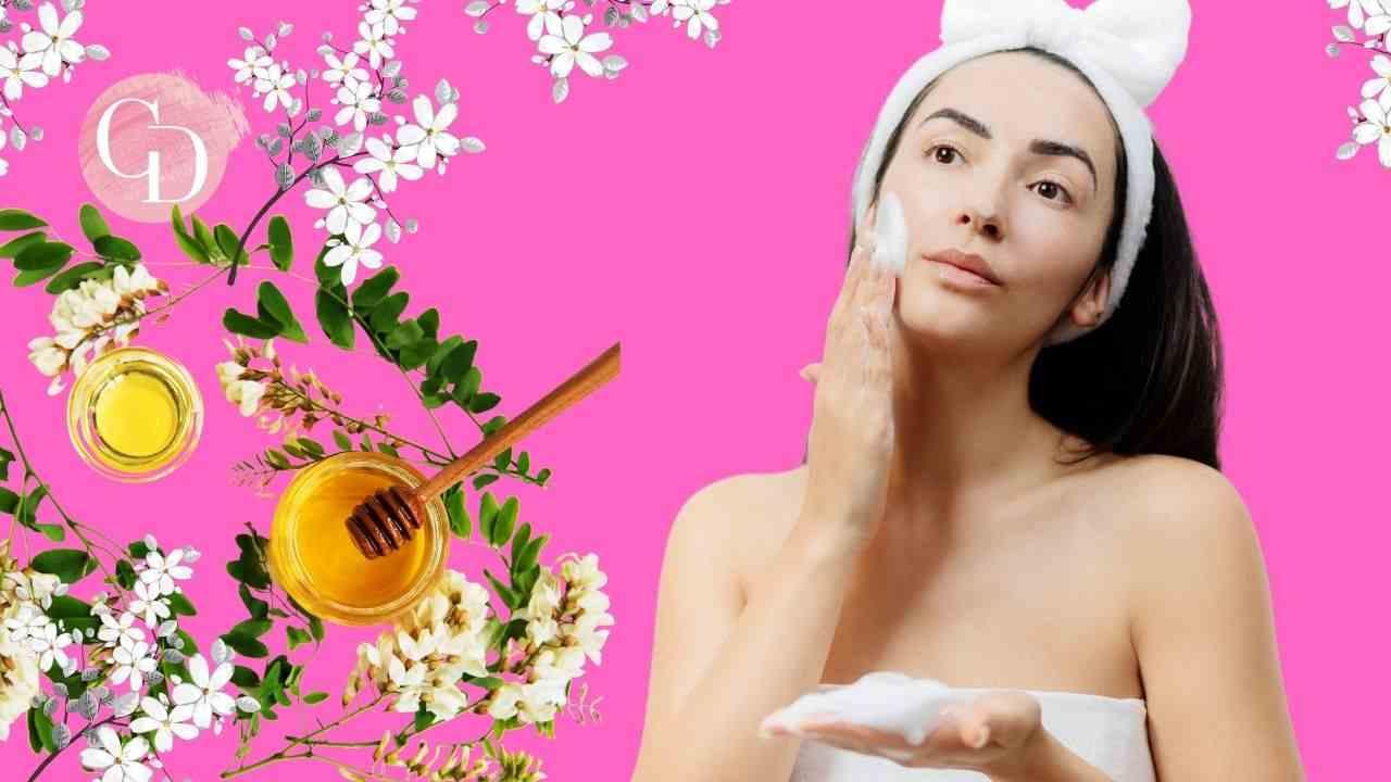 detergente per la pelle del viso ragazza che lava il viso