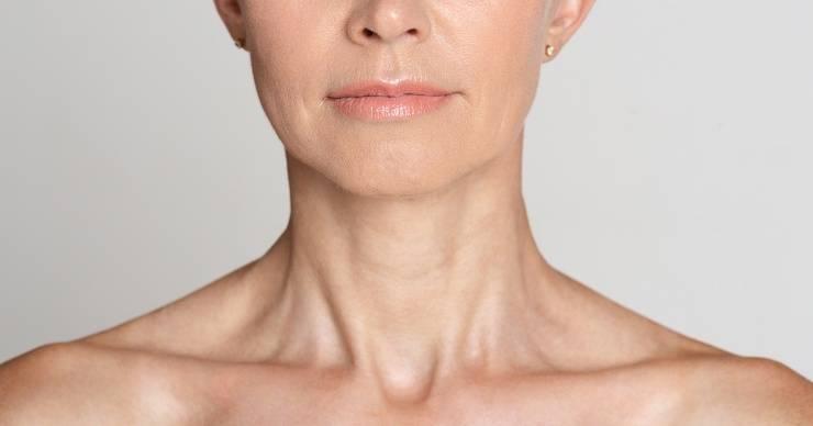 makeup a 50 anni, donna con pelle matura