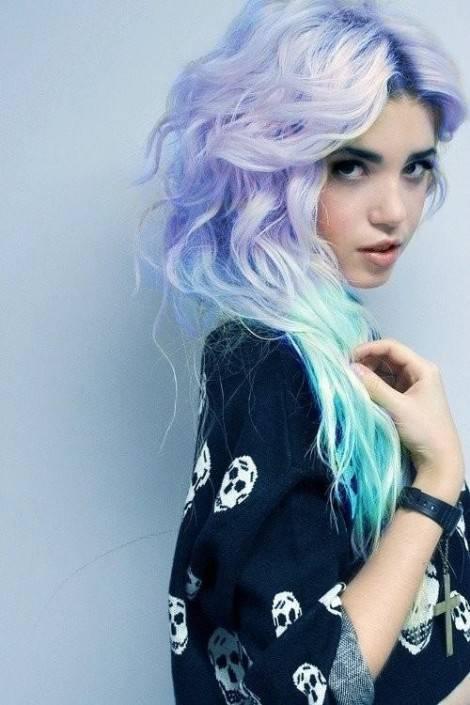 Ragazze con capelli colorati