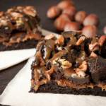 TUTORIAL CUCINA: Torta al cacao con glassa al caramello e burro salato