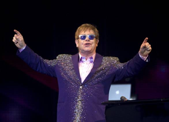 Elton John, problemi vocali durante il suo ultimo concerto