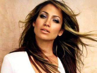 Jennifer Lopez cade1 328x246 JENNIFER LOPEZ vuole sposare Casper Smart