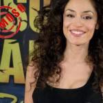 ISOLA DEI FAMOSI: Raffaella Fico mostra ancora il seno