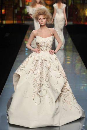 abiti da sposa1 Sposa 2010 2011: scegli un abito in haute couture