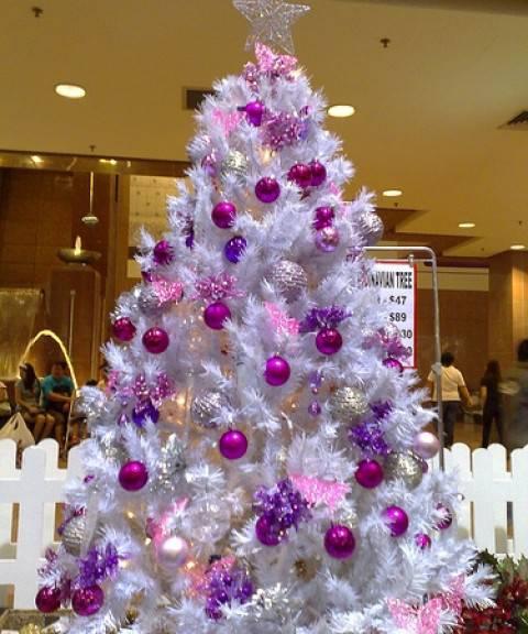 Idee addobbo albero di natale - Arboles de navidad blanco ...