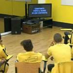 AMICI 11: i cantanti della squadra gialla si autonominano