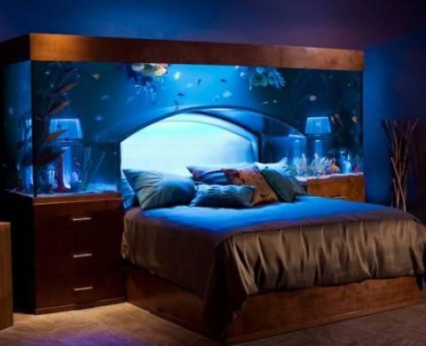 idee arredamento il letto acquario