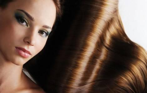 capelli-lucidi-e-morbidi-con-rimedi-naturali