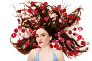 cura dei capelli 300x200 CURA CAPELI: dopo linverno prepariamoli allestate
