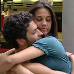 Grande Fratello 11: Rosa sta con Emanuele ma pensa a Davide?