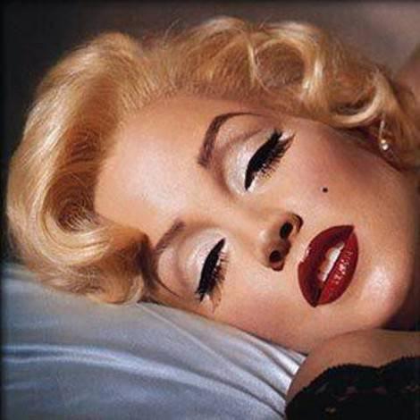 Amato MAKE UP TUTORIAL: trucco anni '50 alla Marilyn Monroe YT05