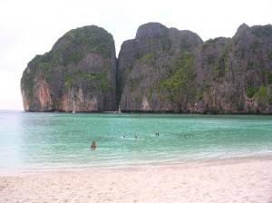 phi phi 300x224 Viaggi: Thailandia, un mondo da scoprire