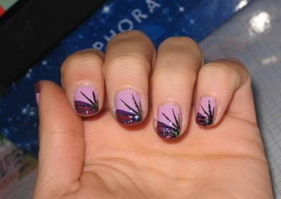 Una manicure perfetta per ogni occasione \u2013 Il viola è un colore che piace a  molte di noi e, abbinato al nero, ma anche al lilla, diventa una vera e  propria