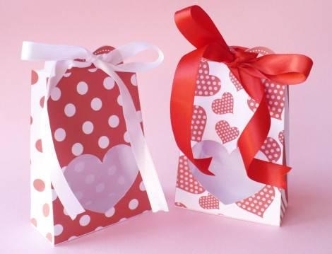 Idee regalo scatole regalo per san valentino - Scatole porta viti ...