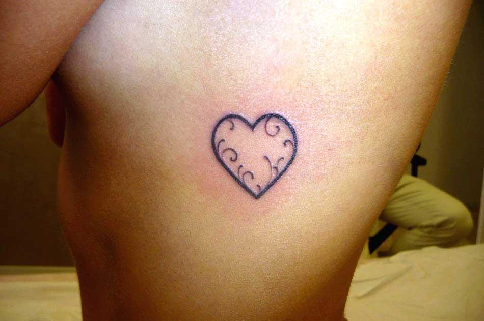 Tatuaggi D Amore Love Tattoos Le Frasi D Amore I Cuori
