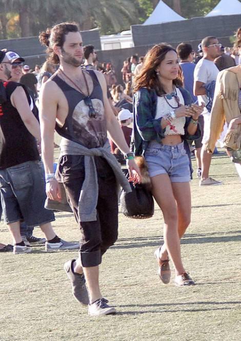 tumblr m2lpv33LtB1qcboeto1 500 470x665 COACHELLA Weekend 2: da Robert Pattinson e Kristen Stewart a Dita Von Teese, ancora star per il festival musicale