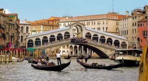 venice museums1 300x165 VENEZIA: frana il Ponte di Rialto